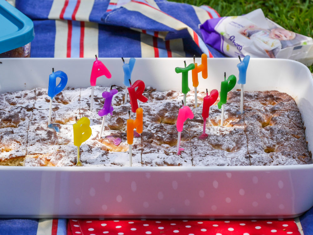 Zum Glück haben wir auch an die Geburtstagskerzen gedacht.