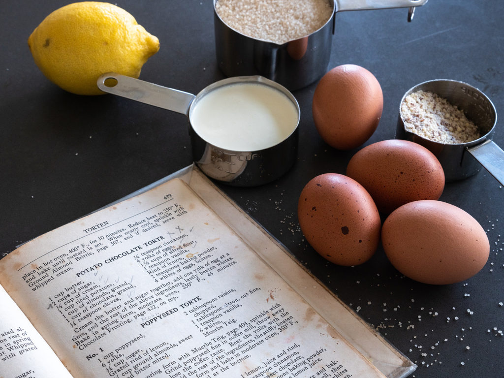 Potato Chocolate Torte - nach den Notizen im Kochbuch eines der Lieblingsrezepte meiner Grossmamma.