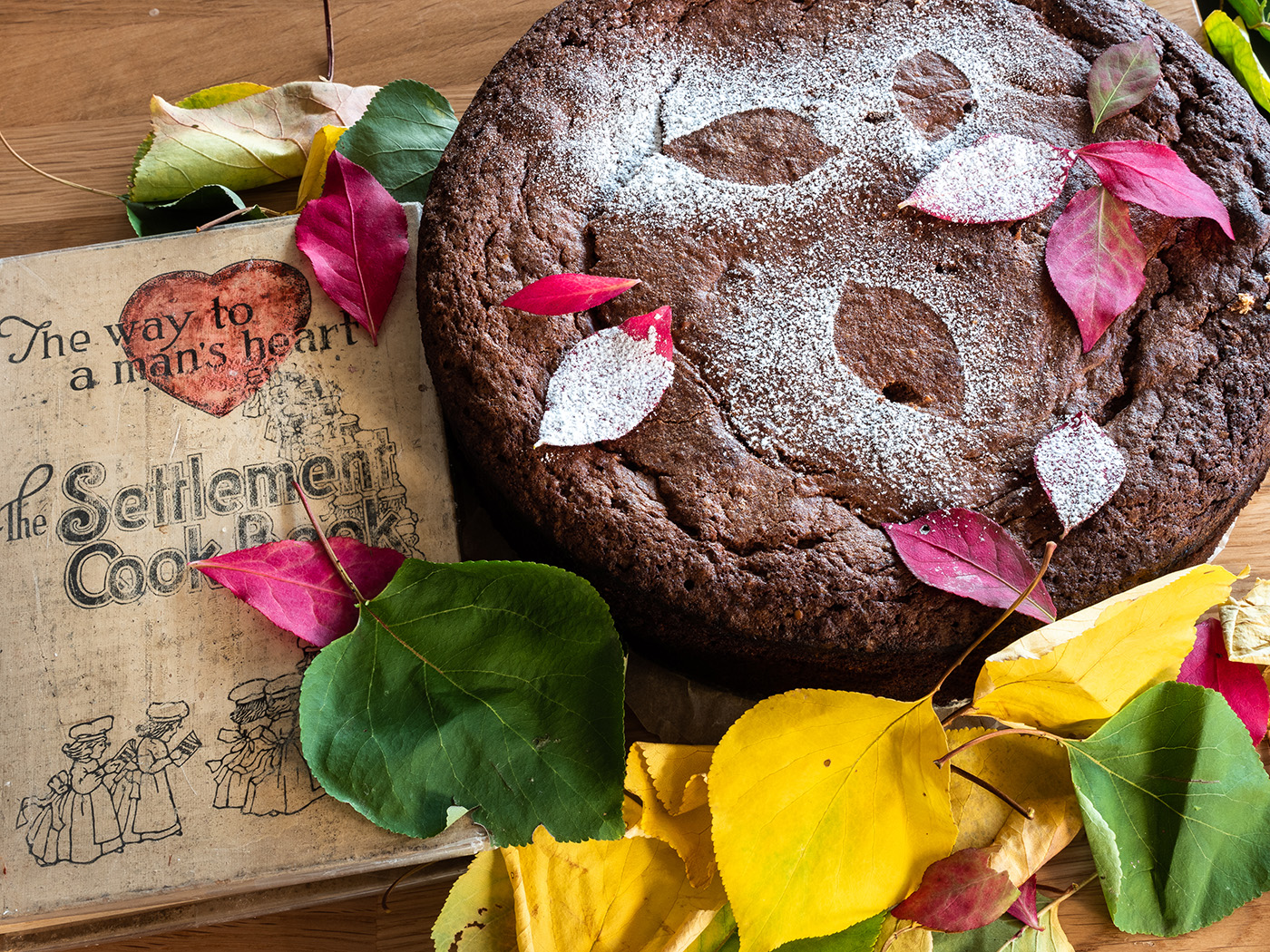 Potato Chocolate Torte - dank ihres Aromas nach warmen Gewürzen passt sie besonders gut zum Herbstpicknick.
