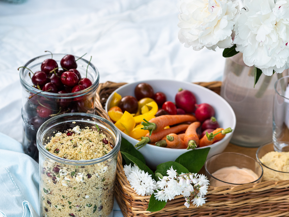erfrischender Couscoussalat mit Gurke und Feta